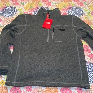 NWT The North Face Men's Small Gray 1/4 Zip